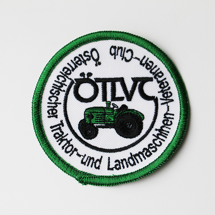 gesticktes Vereinsabzeichen Traktor